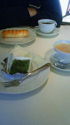 六花亭本店でお茶